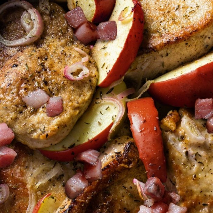 Médaillons de porc aux pommes, dés de pancetta et sirop d'érable